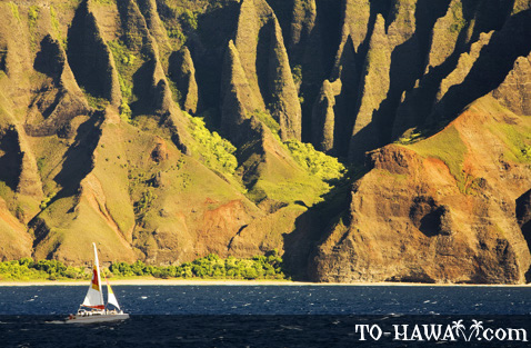 Na Pali Coast sunset sailing