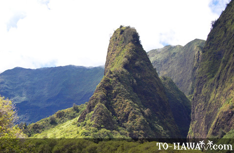 Iao Needle up-close