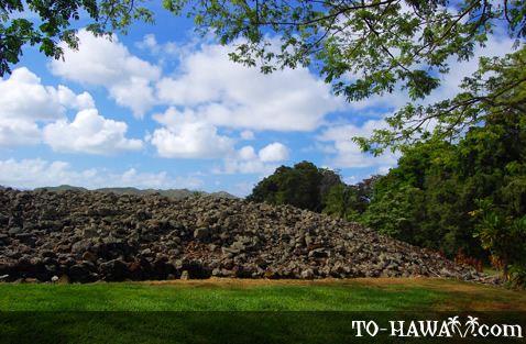 Large Oahu heiau