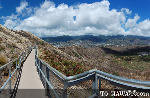 Scenic Diamond Head hike