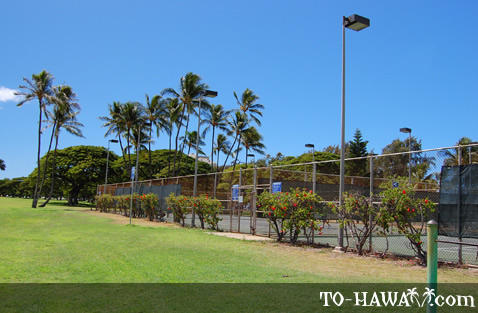 Tennis courts in Kapiolani Park