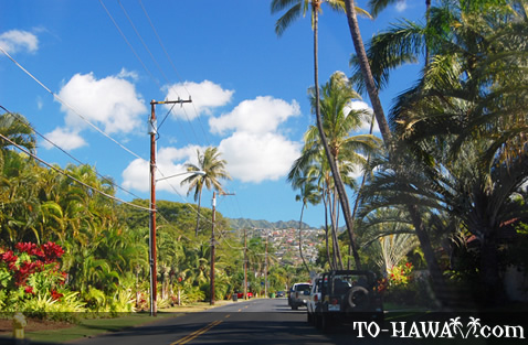 Kahala Avenue on Oahu