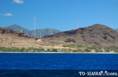 Ma'ili seen from the ocean